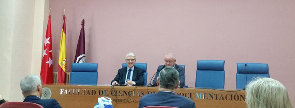 Conferencia del Conde de los Acevedos - Aspectos históricos y jurídicos de la sucesión de los títulos nobiliarios en España